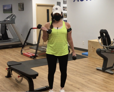 biceps curls with blood flow restriction bands